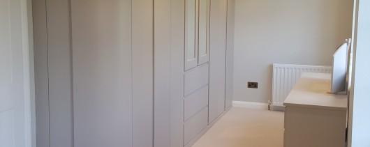 Bedroom/Dressing Area